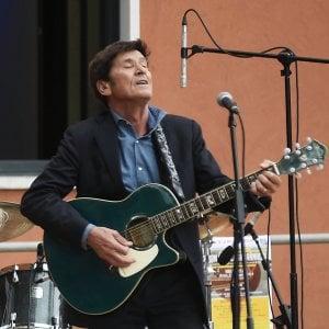 Gianni Morandi annuncia il nuovo album e il tour, ecco 'D'amore d'autore'