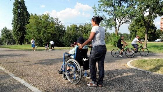 Assistenti sessuali per i disabili, partono i primi corsi a Bologna. Ma manca una legge