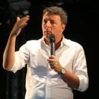 Renzi alla festa dell'Unità a Bologna: