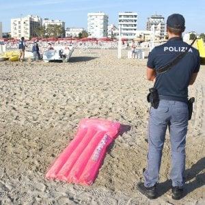Stupri di Rimini, i quattro arrestati rischiano pene sopra i 20 anni. La Polonia vuole l'estradizione
