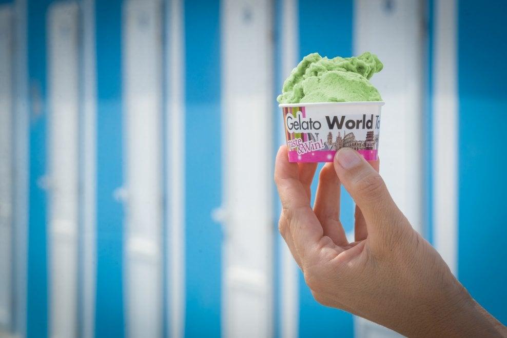 Il miglior gelato del mondo: a Rimini vince l'umbro Alessandro Crispini