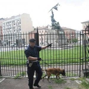 Bologna, padre e figlia rapinati in Montagnola