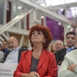 """Scuole """"schedate"""" a Bologna sulla teoria gender, il ministro Fedeli attacca il Family day"""