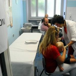 Vaccini, bimbo escluso da materna nel Bolognese. Verifiche su un altro caso a Castenaso
