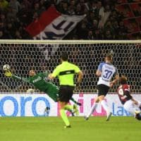 L'Inter ferma il Bologna con un mezzo  rigore: 1-1