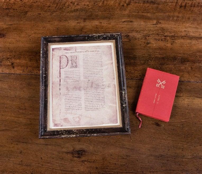 I doni del Comune di Bologna a Papa Francesco: Liber Paradisus e un libro di Roversi