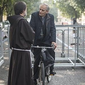 Bologna, Zuppi ridisegna la mappa della diocesi