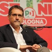 Bologna, congresso Pd. Merola attacca: