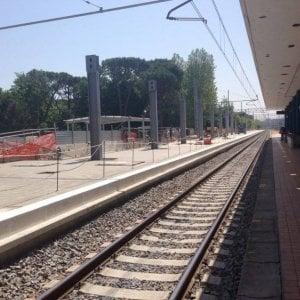 Ravenna, travolto dal treno mentre aspetta sulla banchina