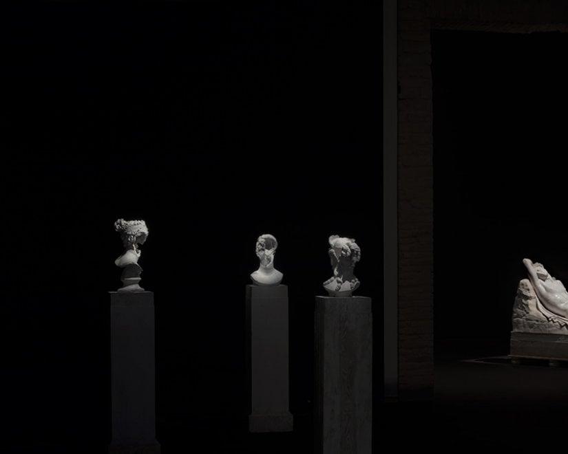 """L'undicesimo comandamento è """"Non dimenticare"""": a Forlì le opere di Mustafa Sabbagh"""