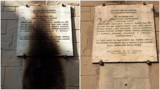 """Bologna, a fuoco lapide di partigiani, l'Anpi: """"Grave atto fascista"""""""