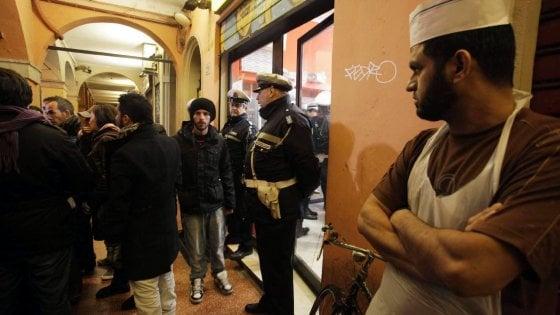 Movida in zona universitaria, bar di via Petroni punito dalla questura di Bologna