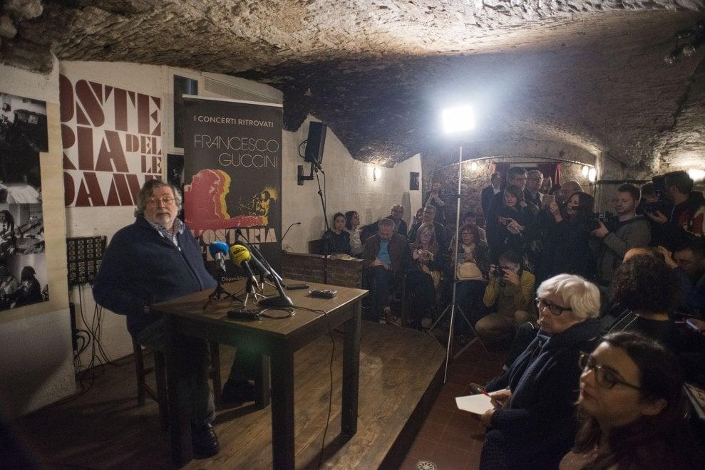 Bologna, Guccini riapre l'Osteria delle Dame