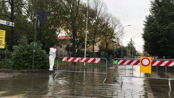 Maltempo in Emilia-Romagna: diluvio e allagamenti in pianura, neve copiosa in montagna