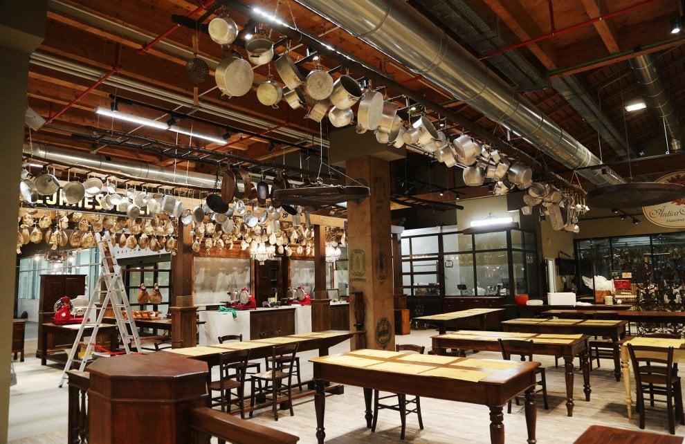 """Sfogline, stalle e ristoranti: ecco Fico. Farinetti: """"A Bologna Expo permanente del made in Italy"""""""