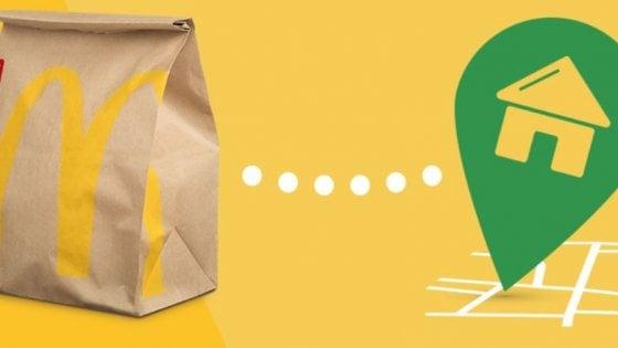 """Bologna, nella guerra del """"take away"""" ora pure McDonald's fa consegne a domicilio"""