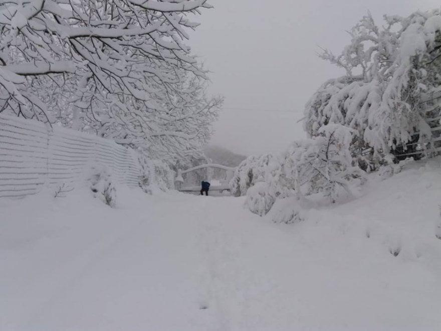 Monte Adone, è emergenza fra neve e soccorsi