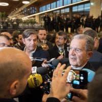 """Pd, Fassino incontra Prodi a Bologna: la speranza è di riportarlo """"a casa"""""""
