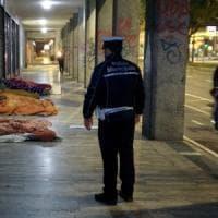 Daspo urbano per la prima volta a Bologna: contro 10 persone che dormivano