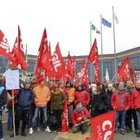 """Lo sciopero del Black Friday ad Amazon Piacenza: """"Il pacco oggi è per voi"""""""