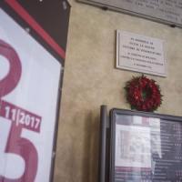 Fiaccolate, parole e danze: Bologna scende in strada per fermare la violenza sulle donne