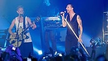 I Depeche Mode tornano sul palco all'Unipol Arena
