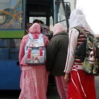 Bologna, rasò la figlia che non voleva portare il velo: madre condannata