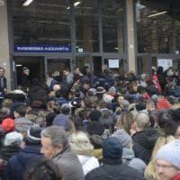 Bologna, in seimila per 146 posti: il concorso impossibile dei precari della
