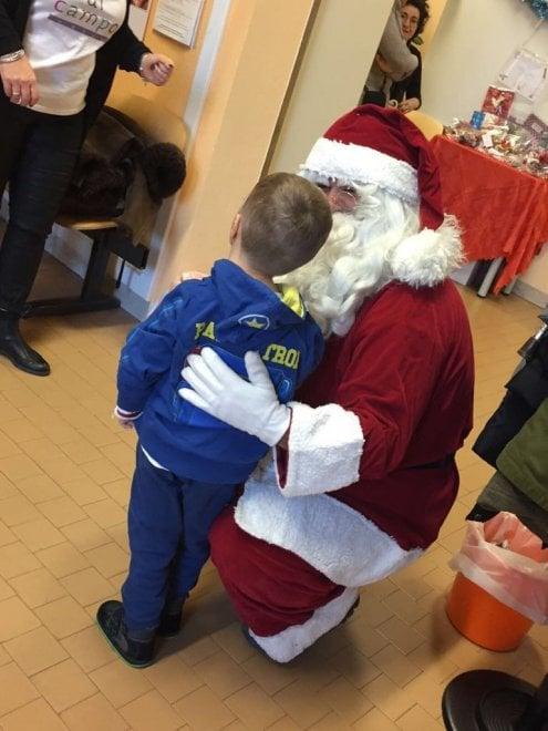 Babbo Natale al Sant'Orsola: regali ai bimbi con malattie rare