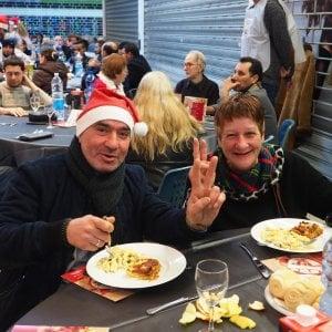 A Vialarga e nelle chiese, i pranzi di Natale per centinaia di persone in difficoltà