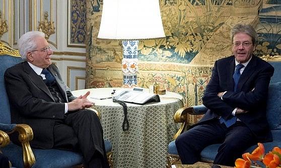 """Reggio Emilia, anniversario del Tricolore. Gentiloni: """"L'Italia si è rimessa in moto"""""""