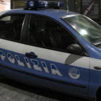 Bologna, rissa davanti alla discoteca: stacca un dito a morsi al buttafuori
