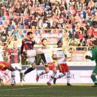 Bologna-Benevento 3-0, Destro, De Maio e Dzemaili festeggiano capitan Verdi