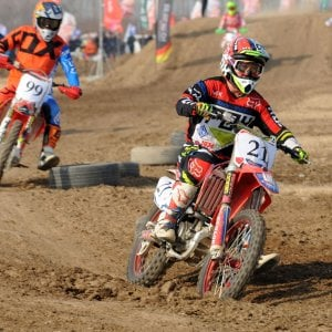 Motocross a Ravenna, caduta mortale