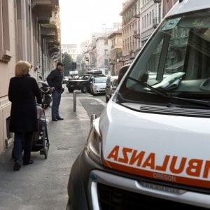 Bologna, pedone investito all'alba: è morto in ospedale