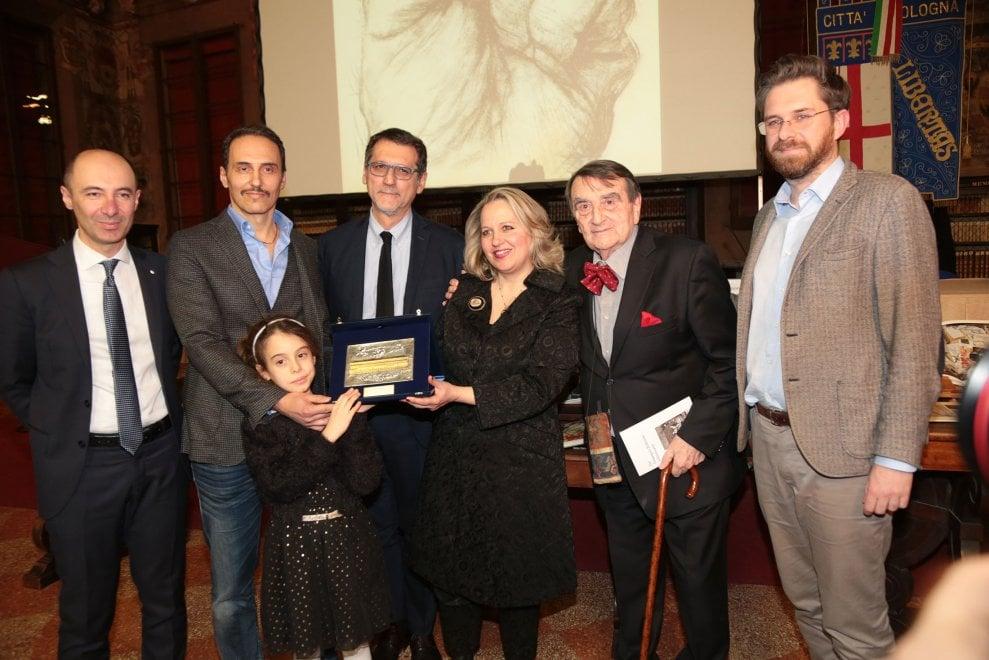 Bologna, conferito l'Archiginnasio d'oro alla memoria di Wolfango