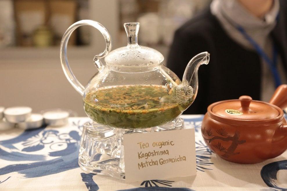 Fra profumi e tradizioni dell'Estremo Oriente Bologna celebra il tè