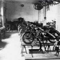 Gli anni rombanti delle moto C.M.: una mostra celebra l'ingegno bolognese
