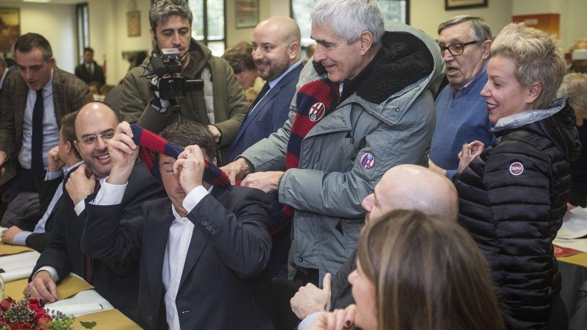 Bologna renzi e casini alla casa del popolo lega e m5s nuovi barbari da fermare - Casa del cuscinetto bologna ...
