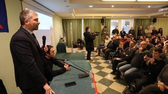 """Bologna, Casapound esce allo scoperto: """"Noi non rinneghiamo il fascismo"""""""