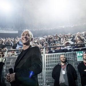 Ligabue, Carboni e tanti big all'Unipol Arena per Radio Deejay