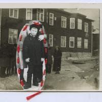 I lied in a Visa center, radici e nuove identità di artisti migranti. La mostra a Bologna