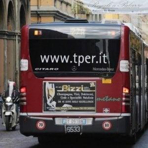 Bologna, la macchinetta non dà il resto sul bus: 250 mila euro all'anno regalati a Tper