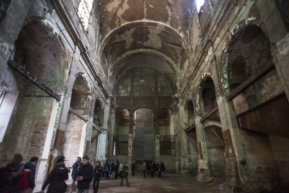Bologna, così rinasce la chiesa abbandonata: San Barbaziano sarà una fucina per giovani artisti