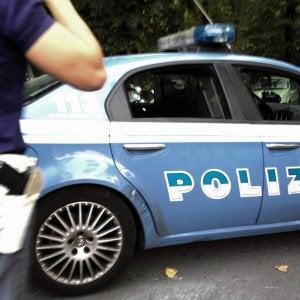 Bologna, auto vandalizzate nella notte: denunciato un uomo