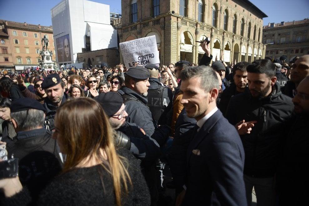 8 marzo, sciopero delle donne con contestazione alla leghista Borgonzoni