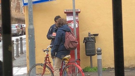 Bologna, vigili in borghese multano i ciclisti