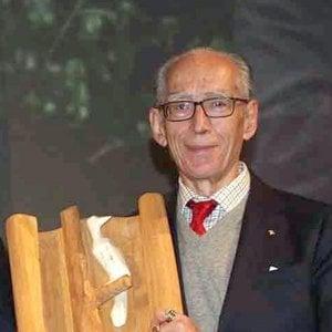Bologna, il guru del macrobiotico Pianesi ha restituito la Turrita d'oro