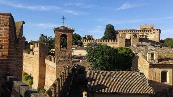 """Gradara vince la sfida: è il """"Borgo dei borghi"""" 2018"""