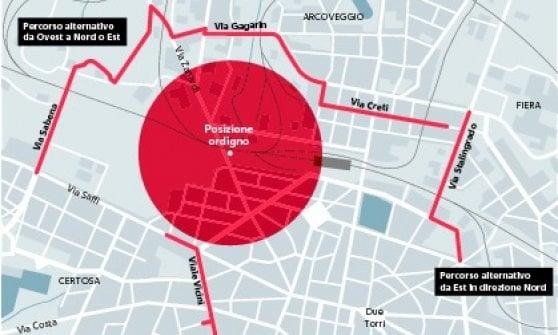 Bomba disinnescata a Bologna, città bloccata per 8 ore. Caos al Marconi